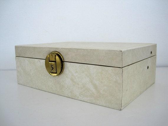 Jewelry Box Fleur De Lis  Medium Cream Organizer