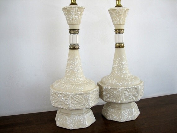 Ceramic Table Lamp Pair Mid Century Textured Spatter Beige White