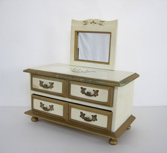 Vintage Jewelry Music Box French Provincial Dresser Gold Gilt Love Story