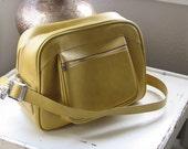 Vintage Carry On Travel Shoulder Bag - Mustard Yellow