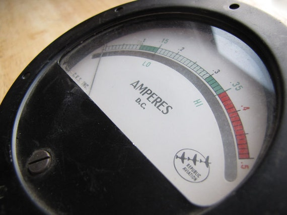 Retro Analog Panel-Mount Gauge - DC Ammeter by Republic Aviation