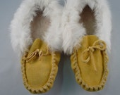 Vintage Rabbit Fur Trim Moccasin Slippers 9