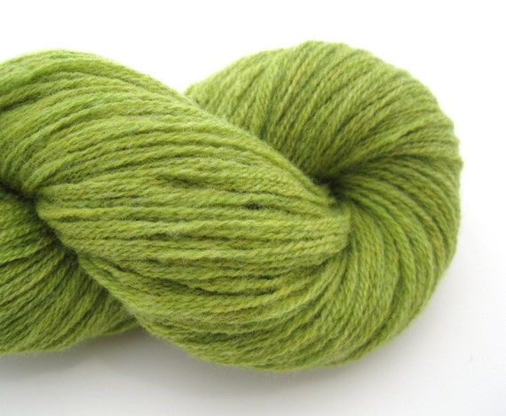 Recycled Wool Yarn, Worsted, Pea Green, 160 Yards