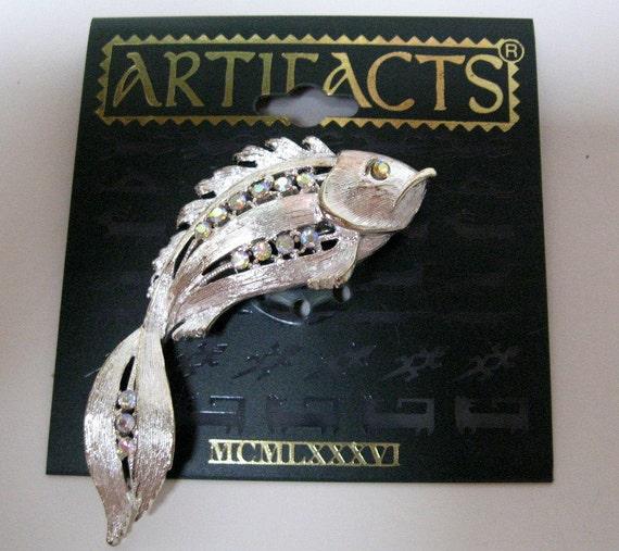 Vintage signed JJ Jonette Jewelry pin brooch- goldfish- new old stock- Artifacts 1986
