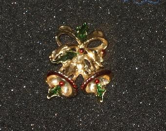 Cheery Vintage Christmas Brooch