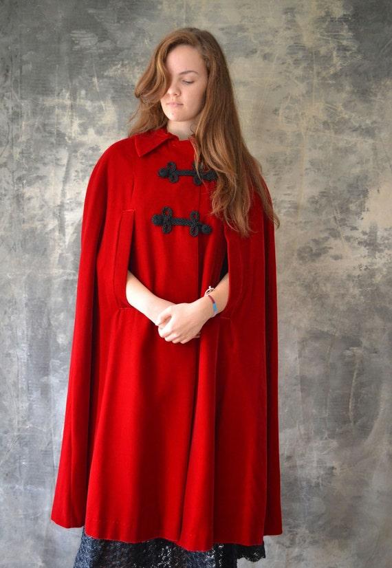 1950s Red Velvet Evening Cape Opera Cloak
