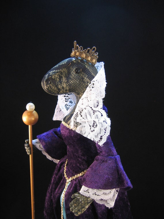 Animal Art Doll Queen Elizardbeth - OOAK