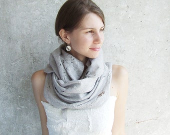 Merino Wool Felt Scarf, Hooded Scarf, Wool Infinity Scarf, Cowl Scarf, Neck Warmer, Oversized Scarf, Winter Wedding Shawl, Gray Shawl