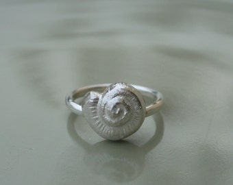 SeaShell Silver ring - sterling silver ring with a silver seashell