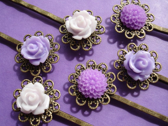 Vintage inspired hair pins. Set of 6. Purple Dahlia & Rose flowers on Antique Bronze Brass Filligree Bobby Pins. Lace base hair clips.