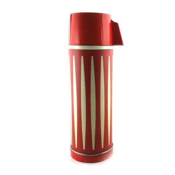Vintage Thermos Metal Red Stripe Plastic Top UNIVERSAL Brand 10 oz