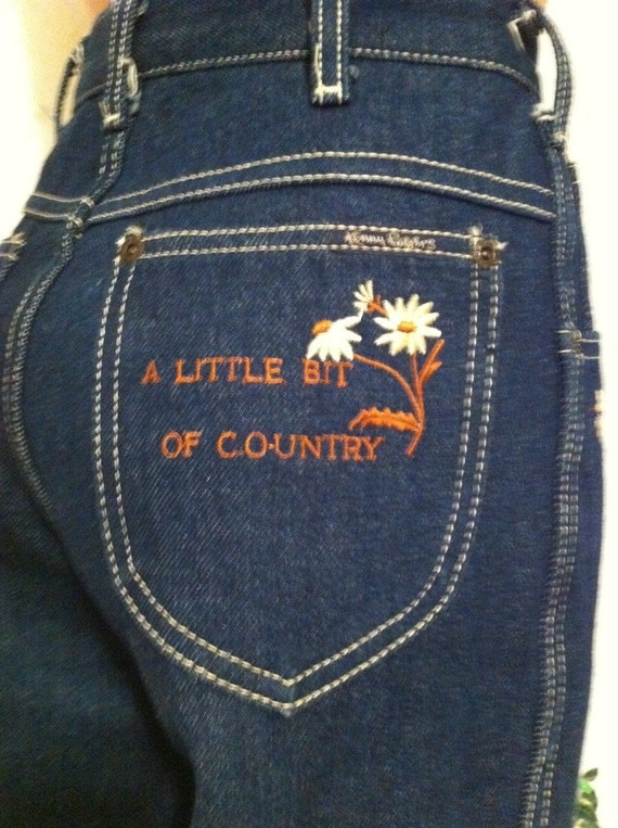 Kenny Rogers Jeans with Embroidered Artwork Size Small Vintage 1980s