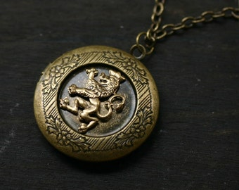 Scottish Rampant Lion Locket - Game of Thrones