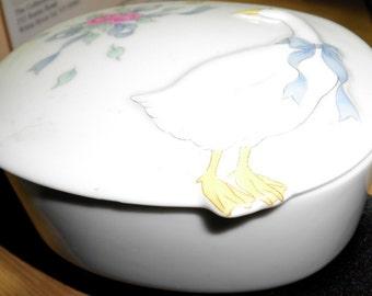 Vintage White Goose Porcelain Trinket Box