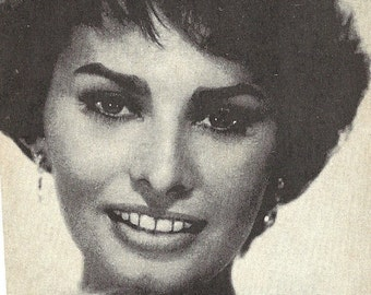 Sophia Loren Vintage Arcade Card, 1950s