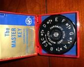 W.M. Kratt co.Master Key chromatic pitch instrument A-440 13 keys made in the USA