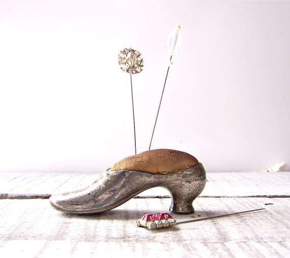 Vintage / Antique Metal Shoe Pin Cushion