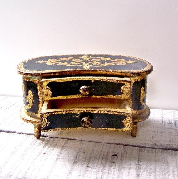Vintage Black and Gold Gilt Italian Florentine Box