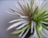 Felt brooch Chrysanthemum