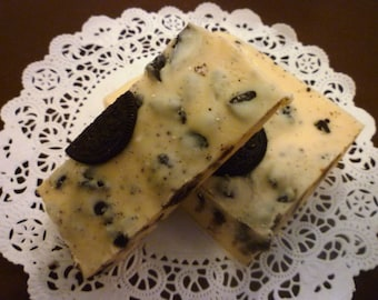 Cookies 'n Creme Fudge, 1 1/2 pounds, Old-fashioned Cream & Butter Recipe loaded with Oreo Cookies