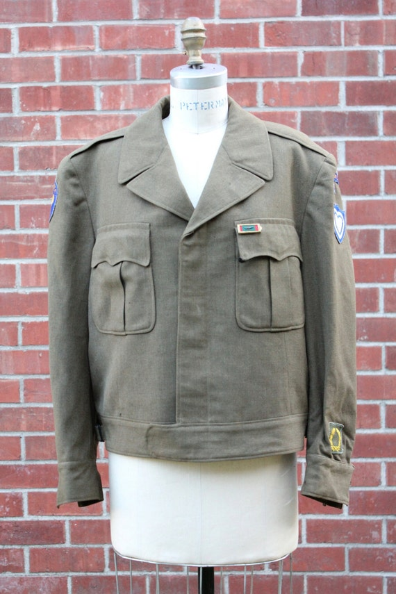 Vintage 40's WWII US Army Officers Ike Field Jacket Uniform Union Made in olive drab 42S