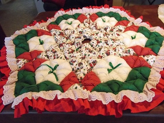 Christmas Tree Skirt - Biscuit Quilted - Whimsical Santa