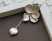 Flower Lariat Necklace with Coin Pearl in SILVER - Hydrangea Flower Necklace Bridesmaid Gift Idea, Bridal Jewelry, Anniversary Gift