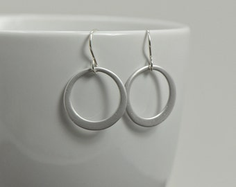 Silver Circle Earrings -Simple Hoop Earrings