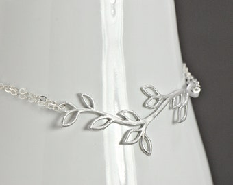 Branch Bracelet Silver, Bridal Jewelry, Everyday Wear, Bridesmaid Gift, Junior Bridesmaid Gift, Delicate And Sweet