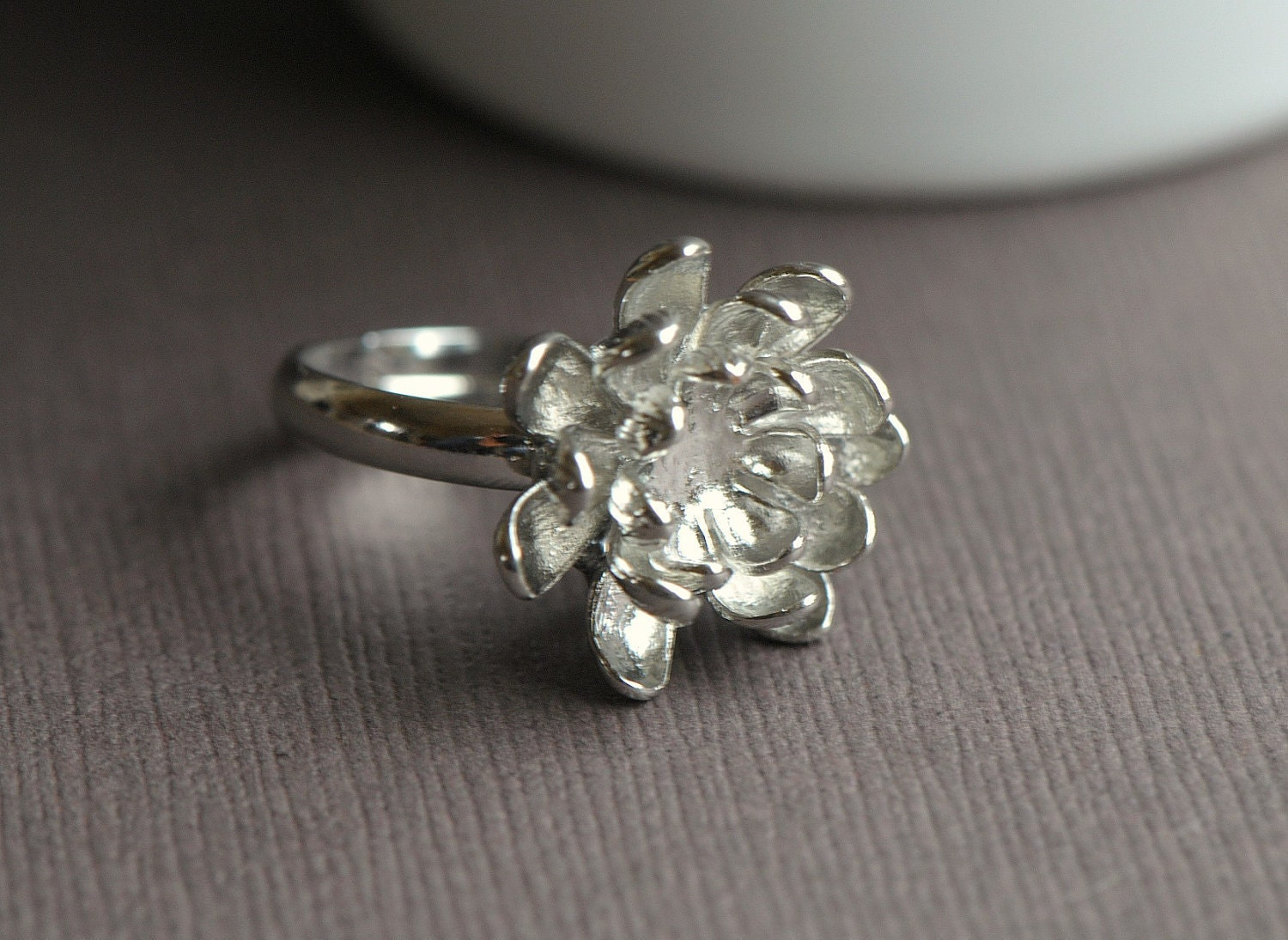 lotus ring silver flower ring silver ring bridesmaids. Black Bedroom Furniture Sets. Home Design Ideas
