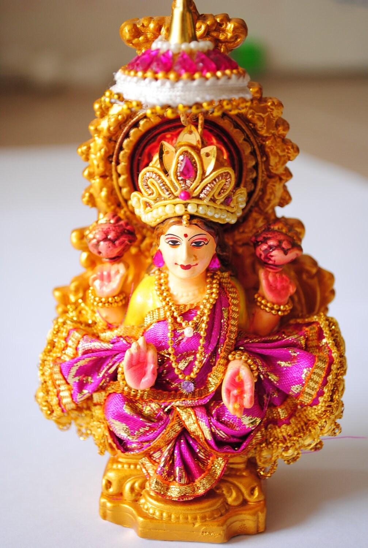 A Wonderful Handmade Hindu Goddess Lakshmi Mata Ji Statue