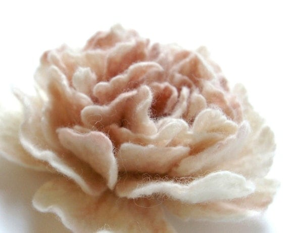 felted  wool flower  brooch peony  APRIL  LOVE   / made to order