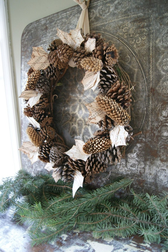 Pinecone Christmas Wreath--SHIPPING INCLUDED