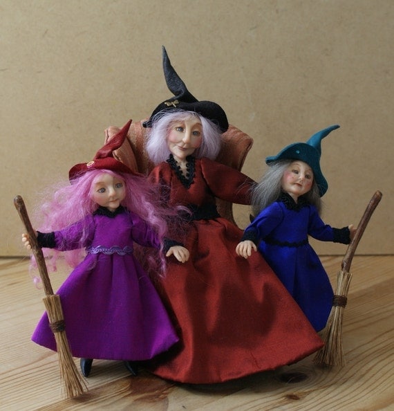 Granny Gigglewyck the Witch & her grandchildren, handsculpted miniature dolls in 1/12th (one inch) scale