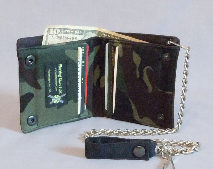 Vegan Chain Wallet Army Green Camouflage