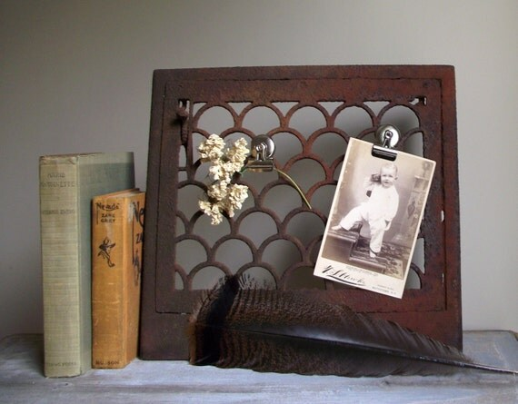 Cast Iron Heat Grate Architectural Salvage Rusty Ornate Scallop Design Memo Board Bookend Shelf Display