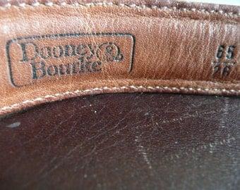 Dooney and Bourke Belt - womens size 26