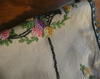 Perfectly Sweetened 1940s Small Pure Linen Embroidered Tablecloth...
