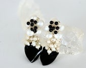 Black Onyx and Pearl Flower Earrings