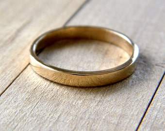Gold Wedding Band, 2.5mm Slim Flat Recycled 14k Solid Yellow Gold Ring Women's Wedding Ring -  Made in Your Size