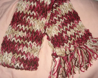 Hand loomed warm scarf in maroon and beige colors - sc04d