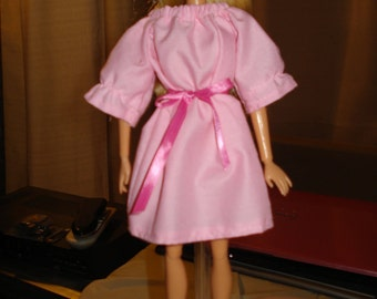 Easy on bright pink peasant dress for Fashion Dolls - ed167