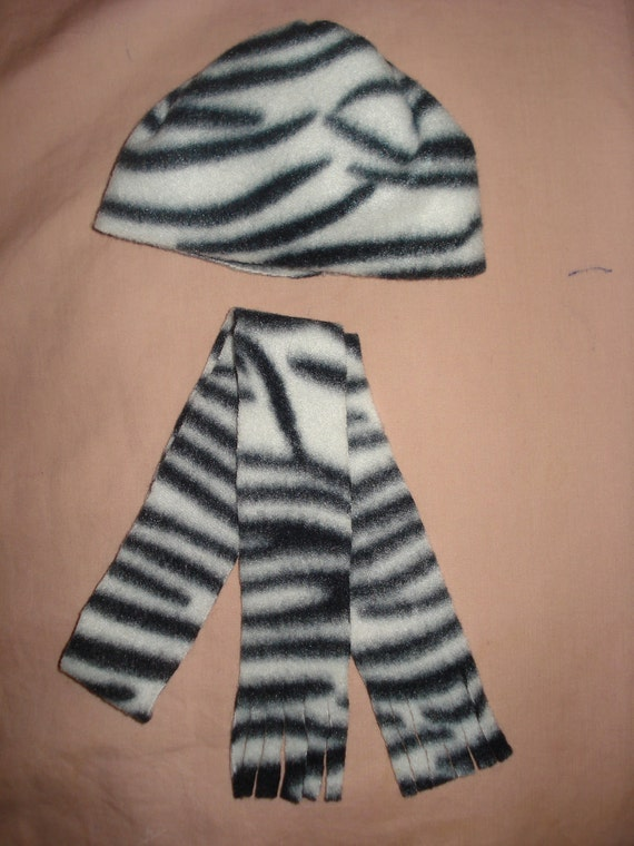 Zebra print hat and scarf set for American Girl Dolls  -  ag49