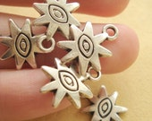 10pcs Antiqued Silver Tone SUN Charms-Finding 15x12mm SB215