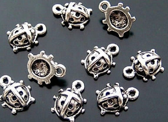 Lot of 27pcs Lady Bug (7x8mm) Charms Pendant/Drop / Antiqued Pewter  SB37