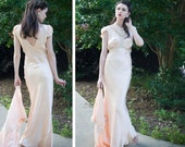 30s - Mrs Thin Man - pale peach  two piece night gown and robe peignoir  -size xs s