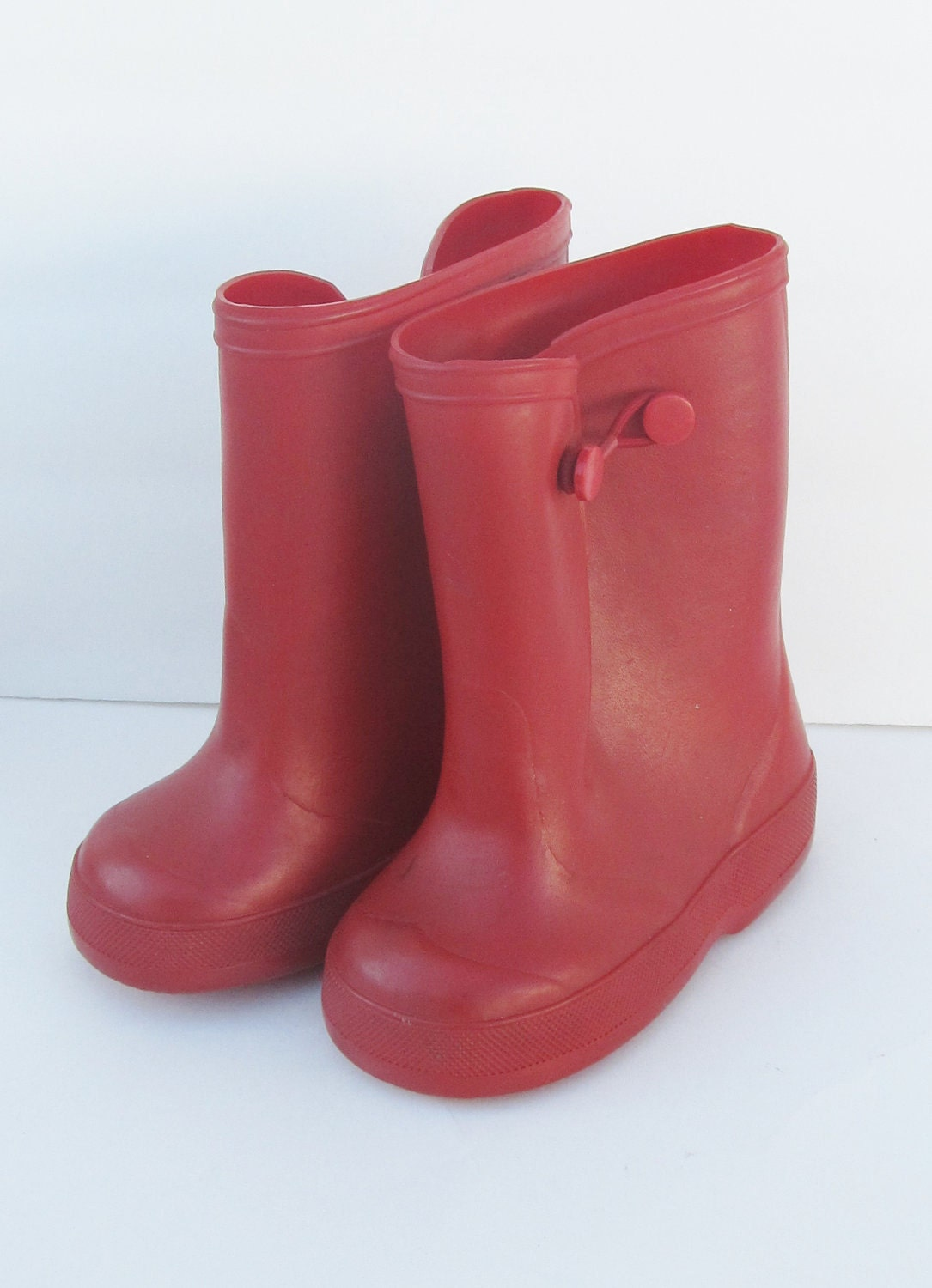 Vintage Child's RED RUBBER Rain Boots sz5