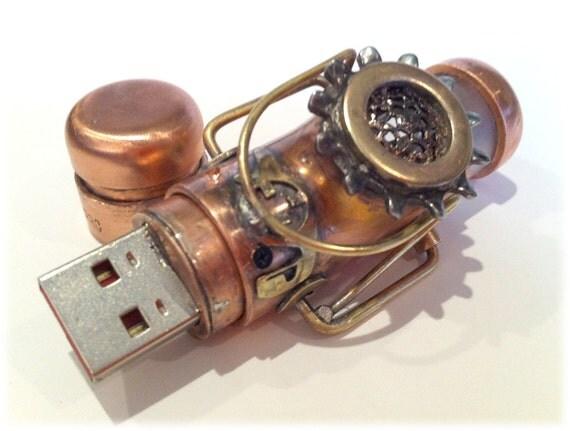 Steampunk 8GB USB Flash Drive Model 389 in a Tin Box