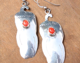 Vintage 80's sterling silver and coral chile pepper dangle earrings