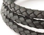 LBOLO0380602) 1 meter of 8.0mm Black Braided Bolo Leather Cord